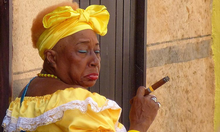 Žena na Kubi